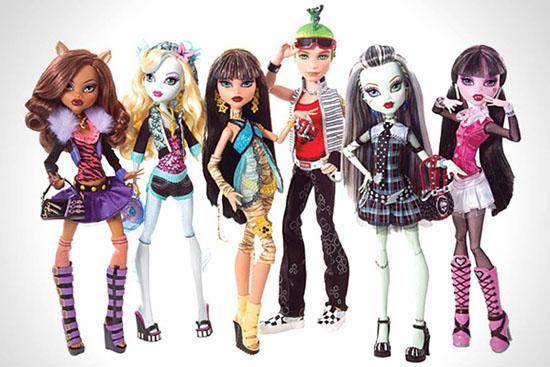 На смену Барби пришли куклы Monster High