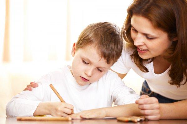 Устали делать уроки с ребенком?