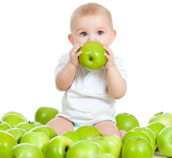 Разные фрукты для детей. Яблоки.