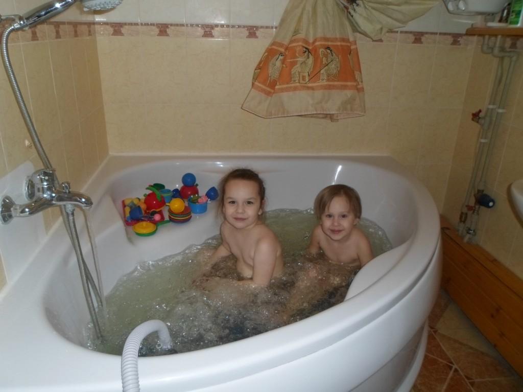 Гидромассажная ванна и ребенок